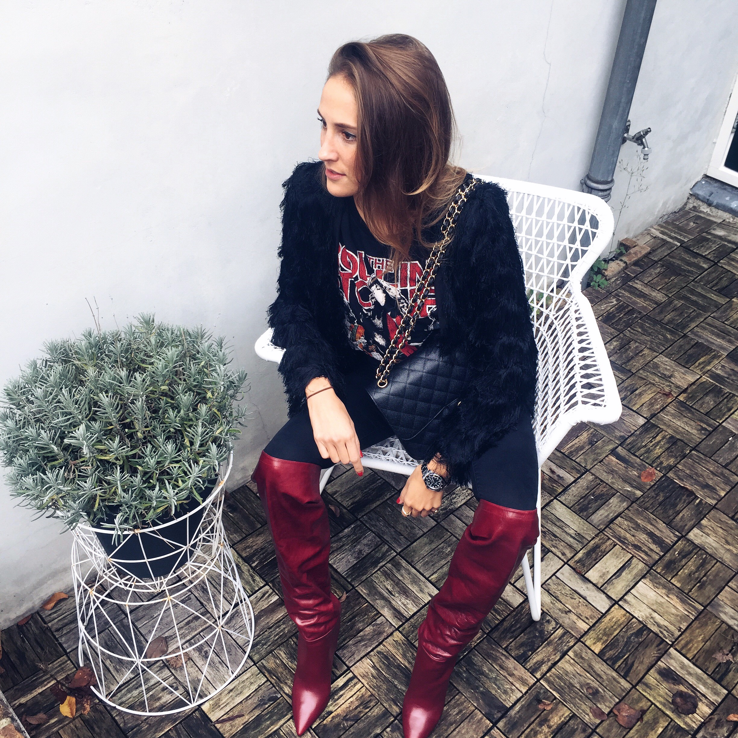 linda_tsetis_worlds_affair_ootd_zara_red_boots