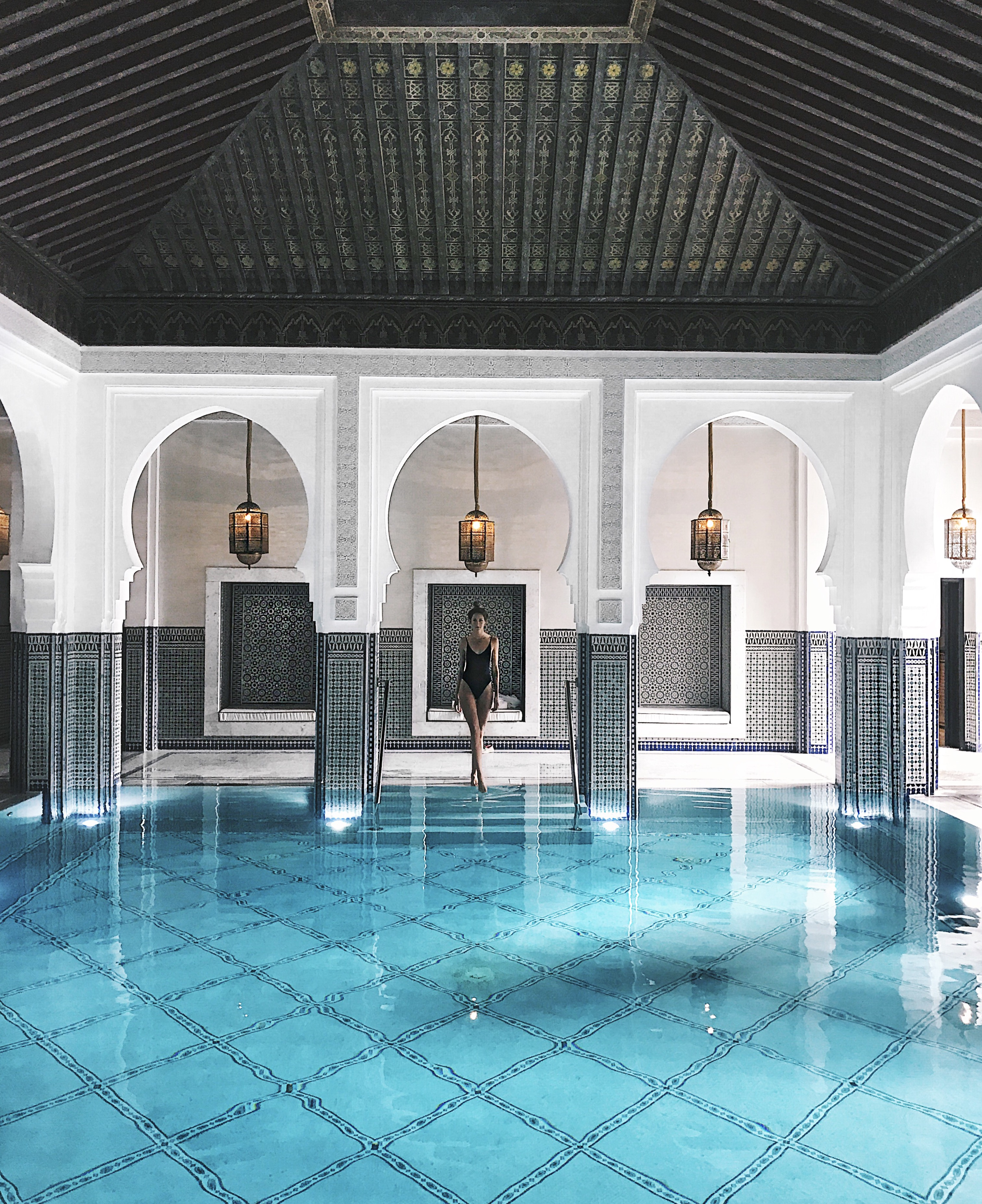 linda_tsetis_marrakech_style_mamounia_hotel_ootd_swimsuit_2017